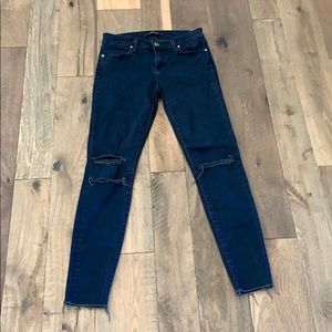 GUC J BRAND SIZE 26 Distressed Dark Denim